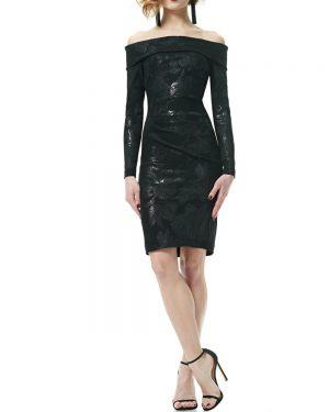 שמלת כתפיים חשופות