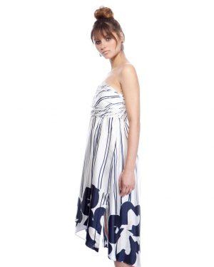 שמלת סטרפלס ויסקוזה פסים ופרחים