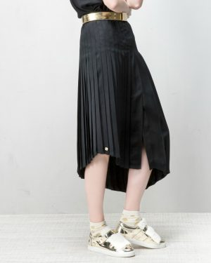 חצאית פליסה אסימטרית